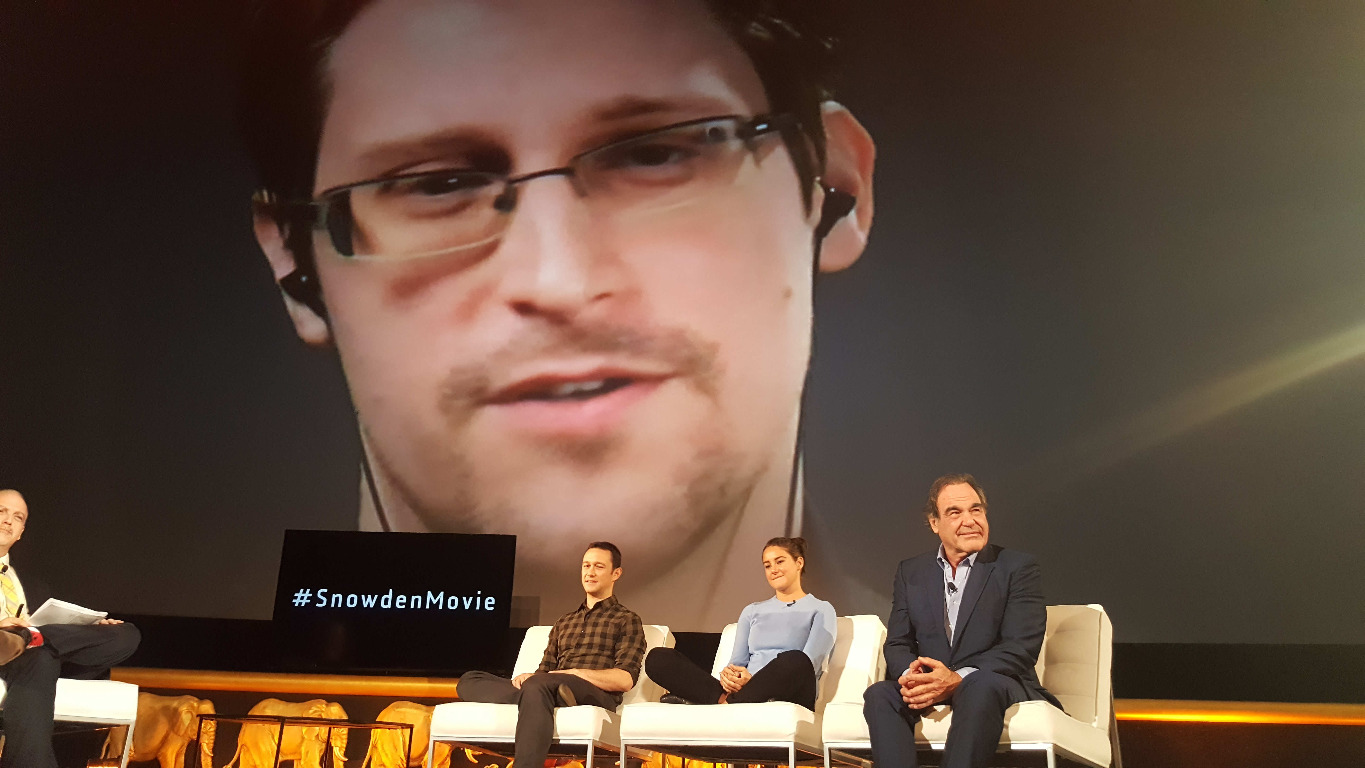 edward snowden essay The government is essentially giving itself broad powers to spy on us, and justifying it with the vague excuse of combating terrorism snowden advises investigative.